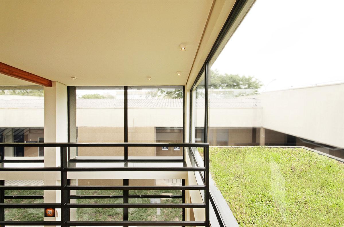 Studio ArqBox: Núcleo Senai de Sustentabilidade Curitiba ARCOweb #8D9A31 1200x790