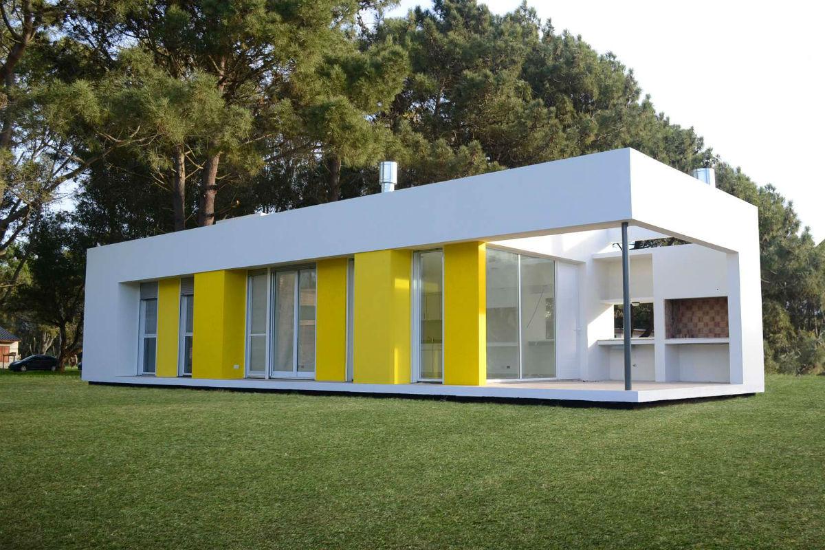 Casa do dia moire arqs arcoweb for Plano casa minimalista 3 dormitorios