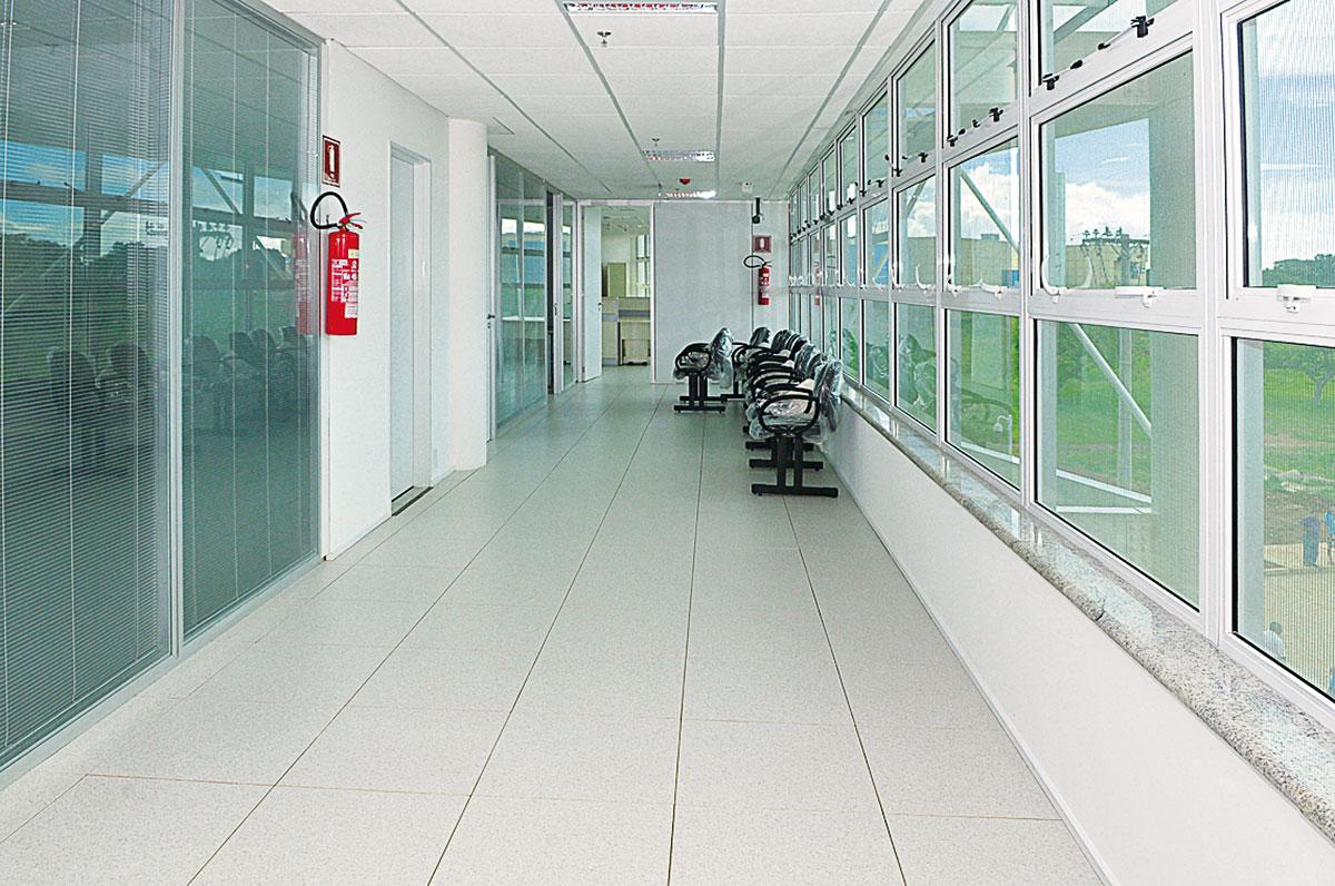 #497782 Siegbert Zanettini: Sede do TJDFT Brasília ARCOweb 1726 Janela De Aluminio No Df